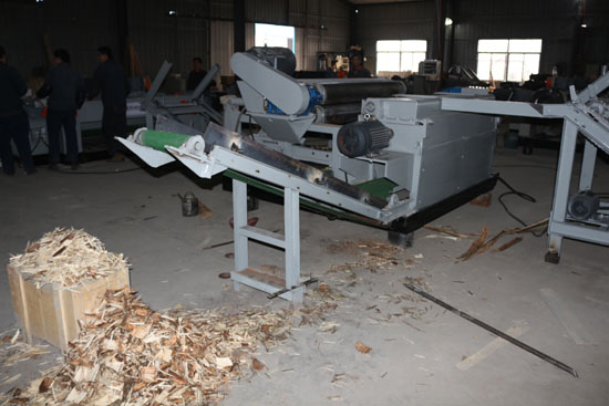 spindleless wood log debarker machine
